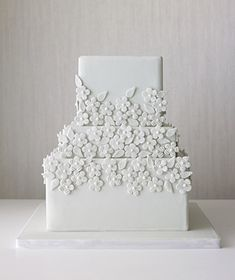 12 Great Wedding Cakes|Creative new designs for dessert, from sweet and simple to bold and bright.