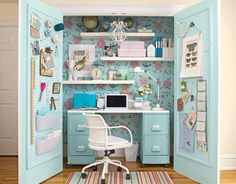 Sobre cómo se inventa una oficina en casa.