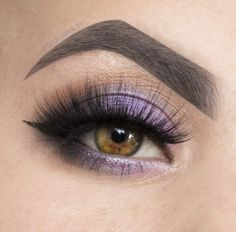 For this look I used Crème Brulee / Curfew / Phantom / Corrupt / Shimma Shimma. These together make the perfect wearable purple smokey eye!