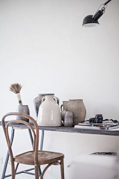 Ceramics and vintage furniture Natural Interior, Home Interior, Interior Styling, Interior And Exterior, Interior Decorating, Home And Deco, Interiores Design, Decoration, Home And Living