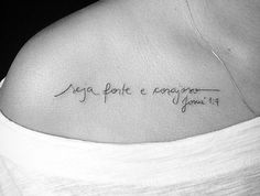 Idéias tatuagem Phrase Tattoos, Dog Tattoos, Forearm Tattoos, Tattoo Fonts, Finger Tattoos, Girl Tattoos, Tatoos, Tattoo Quotes, Tattoo 2017