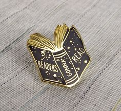 i really want this cause i have an obsession with reading