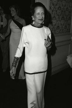 May 6, 1983  Where: At a gala honoring Diana Vreeland.    Photo:  ®Berliner Studio/BEI