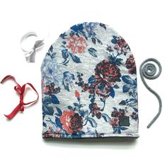 Beanie with flowers