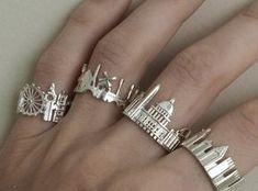 London Cityscape - Skyline Ring in Rose Gold Schmuck im Wert von mindestens g… Cute Jewelry, Jewelry Box, Jewelry Rings, Unique Jewelry, Silver Jewelry, Jewelry Accessories, Women Jewelry, Fashion Jewelry, Jewelry Making