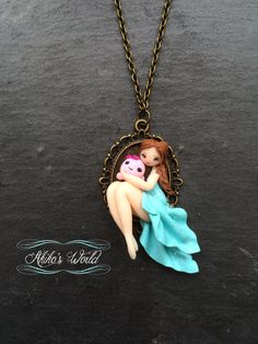 Petite chibi en robe bleu et sa pieuvre rose en par AkikosWorld