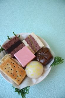 Japanese sweets for celebration: June 16 wagashi day 虎屋の嘉祥菓子
