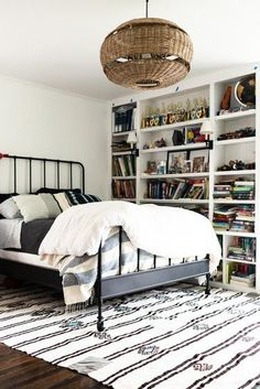 When it comes time to choose the perfect rug size, you might be stumped. Our handy guide will help you along in your quest to find the right size rug. #hunkerhome #rug #rugideas #rugsizetips #rugtips Bedroom Layouts, Bedroom Styles, Bedroom Colors, Bedroom Ideas, Ikea Bedroom Storage, Furniture Styles, Small Rooms, Decor Styles, Bedroom Furniture