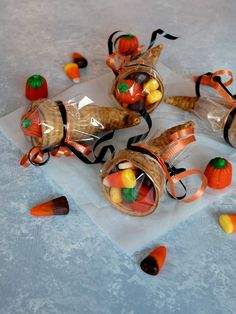 Halloween Treats An adorable and easy to prepare Halloween Treat for kids and adults alike.An adorable and easy to prepare Halloween Treat for kids and adults alike. Thanksgiving Parties, Thanksgiving Activities, Thanksgiving Decorations, Thanksgiving Favors, Thanksgiving Games For Adults, Thanksgiving Cornucopia, Kindergarten Thanksgiving, Thanksgiving Prayer, Thanksgiving Outfit