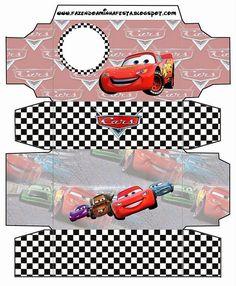 Todo lo necesario para tu fiesta tipo Cars:  manteles individuales, marcos para fotos, invitaciones, dulceros, hojas para escribir, inventa ...