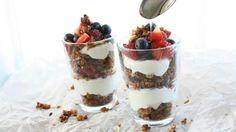 Granola parfait med yoghurt