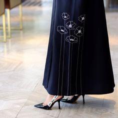 Modesty Fashion, Abaya Fashion, Muslim Fashion, Fashion Dresses, Mode Abaya, Mode Hijab, Abaya Designs, Blouse Designs, Hijab Dress