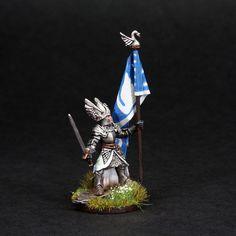 https://flic.kr/p/CBgAeQ | Dol Amroth Banner Bearer | Dol Amroth banner bearer from the Lord of the Rings series of miniatures by Games Workshop Painted by BrushStroke