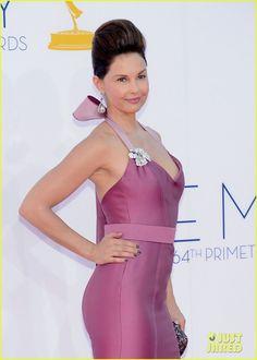 Ashley Judd - Emmys 2012 Red Carpet