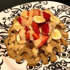 """Here is another creative spin on the popular Banana Oat Pancakes or """"Oaties"""". This recipe and photo comes from Bright Line Eater Sandie Haskins and has been posted here with her written permission. Banana Oat Pancakes, Banana Oats, Clean Recipes, Waffles, French Toast, Clean Eating, Meals, Cookies, Vegetables"""