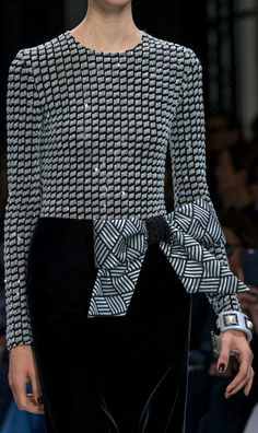 Armani Privé at Couture Fall 2016 (Details)