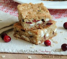 White Chocolate Cranberry Oatmeal Cookie Bars | Cozy Country Living #cranberries #whitechocolate #cookiebars