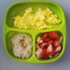 """""""Today we have eggs/vanilla and cinnamon oats/ chopped strawberries and pears @replayrecycled #bigbossledweaning #babyledweaning #foodbefore1isforfun…"""""""