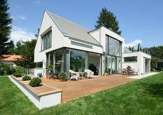 1-Muenchen1 Architektur Satteldachhaus.jpg 967×683 Pixel
