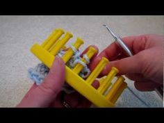 Great tutorial for crochet bind off using loom knitting tool instead of crochet hook!!  :)