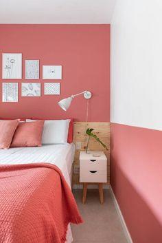 Cores de tintas rosa e branco Pink Bedroom Walls, Bedroom Wall Colors, Home Decor Bedroom, Living Room Decor, Coral Room Decor, Bedroom Wall Designs, Bedroom Paint Design, Room Wall Painting, Home Room Design