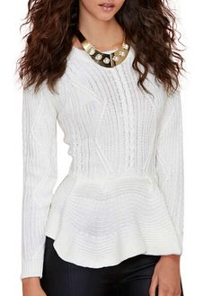 Vogue Round Neck Long Sleeve White Knitting Wool Sweater