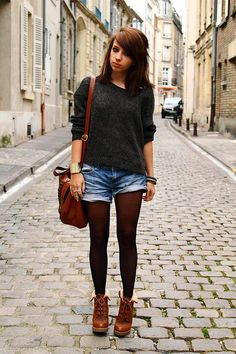 tights + shorts...need to try this soon!!