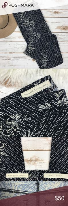 """Anthropologie • Navy/White Skinny Cords Inseam: 29.5""""   Beautiful Pilcro & the Letterpress Anthropologie skinny cords. Very soft! Leaf/geometric design background. Excellent condition! Anthropologie Pants Skinny"""