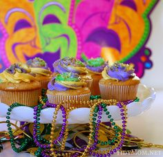 Fat Tuesday/Mardi Gras Cupcakes - I like this as a dessert table centerpiece!