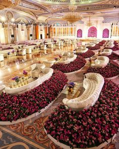 Wedding Hall - Steps For Planning A Wedding Ceremony For People From Two Faiths - Romance Wedding Ideas Glamorous Wedding, Luxury Wedding, Dream Wedding, Wedding Events, Wedding Ceremony, Wedding Mandap, Tent Wedding, Wedding Dress, Ballroom Wedding