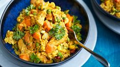 Maukas kanarisotto Food N, Food And Drink, Quorn, Cooking Recipes, Healthy Recipes, Bon Appetit, Food Inspiration, Risotto, Chicken Recipes