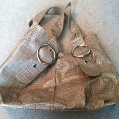 Camel alligator purse Has a small rip but can't be seen unless pulling handles back. Great big purse Bags