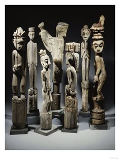 A Group Of Dayak Hampatong - Statues From Borneo Poster :: PicassoMio