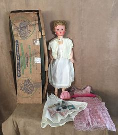 """Sweet Rosemary deluxe 1950s Vintage Reading 30"""" in box clothing dress lot Doll"""