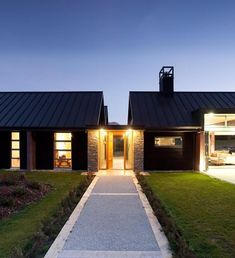 Architect Gary Todd was asked to create a family home that referenced Arrowtown's traditional cottages. New Zealand Architecture, Architecture Design, House On Stilts, Country House Design, Gate House, Shed Homes, Outdoor Rooms, Modern Farmhouse, House Plans