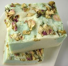 Eucalyptus Rose Soap  Saponified, Extra Virgin Olive Oil, Soybean Oil, Unrefined Raw African Shea Butter, Cocoa Butter Eculyptus Essential Oil, Fragrance, Pink Rose Petals Natural Green Colorant