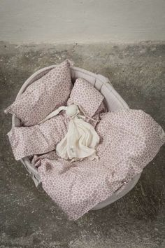 Bedset for baskets, buggies & cradels- printed dusty pink, 100% organic cotton GOTS certified