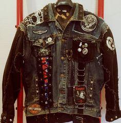 Image of Pantera jacket Punk Fashion, Grunge Fashion, Rock Outfits, Girl Outfits, Heavy Metal Fashion, Punk Jackets, Battle Jacket, Cool Coats, Studded Jacket