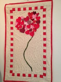 Cutest Valentines Day Wall-Hanging ever… created by Roberta Lozzi