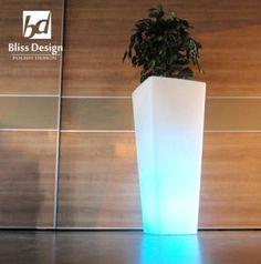 Blissdesign Palo P1002 donica z oświetleniem.