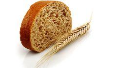 No solo de pan vive el hombre. las emociones juegan un papel muy importante en tu Salud.