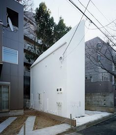 And this one is in Tokyo (an area of 71.4 meters).