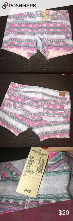 American Eagle shorts SOOOOOOOO CUTE! These will go fast! But em now! 💕 hot tribal design shorts, perfect for festivals etc. brand new with Tags - SUPER stretch shorts American Eagle Outfitters Shorts
