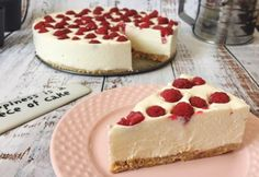Happiness is a piece of cheesecake. Armenian Recipes, Nutella Cake, Cakes And More, No Bake Desserts, Cake Cookies, Food To Make, Sweet Treats, Food Porn, Food And Drink