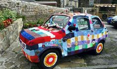 Knitted car cover - how cool!