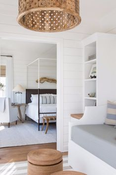 Coastal decor, beach art and furniture. You can improve the natural beauty in your home with splashes of white, as well as beach house decorating ideas. Coastal Bedrooms, Coastal Homes, Teen Bedrooms, Modern Bedrooms, Home Bedroom, Bedroom Decor, Master Bedroom, Airy Bedroom, Beach House Bedroom