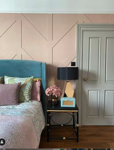 Rent Your Home Out As A Location House - Expert Advice - WeLoveHome - Home Teal Rooms, Pink Room, Teal Color Schemes, Bedroom Images, Interior Stylist, New Beds, Small Furniture, Love Home, Bed Styling