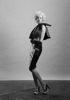 Lindsey Wixson wearing Dior par Raf Simons - FW 2013/14 capeCR Carine Roitfeld fashion book no.3