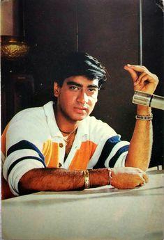 Bollywood Images, Bollywood Stars, Autumn Blaze Maple, India Actor, Shahrukh Khan And Kajol, National Film Awards, Priyanka Chopra, Candid, Cinema