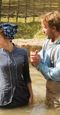 Matthias Schoenaerts and Carey Mulligan in Far from the Madding Crowd Movie Costumes, Cool Costumes, Cosplay Costumes, Amazing Costumes, Period Costumes, Period Movies, Period Dramas, Drama Film, Bbc Drama